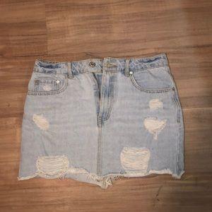 Mini lightwash Jean skirt